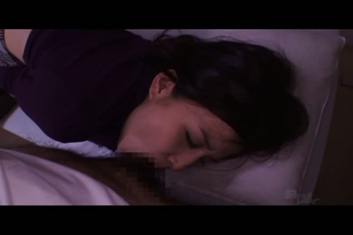 産婦人科にて、三十路の熟女のアクメ無料jukujyo動画。深夜の産婦人科でオマンコに媚薬を塗り込まれ発情する巨乳熟女妻!